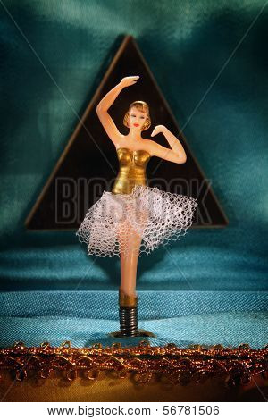 Vintage music box with ballerina