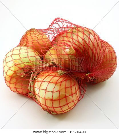 Yellow onions, 3 pound bag