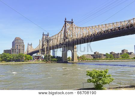 59th Street Bridge (Queensboro Bridge) New York City and East River