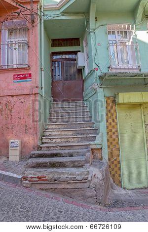 Istanbul old house doorway