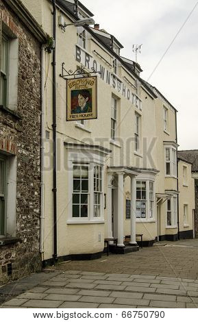 Brown's Hotel, Laugharne