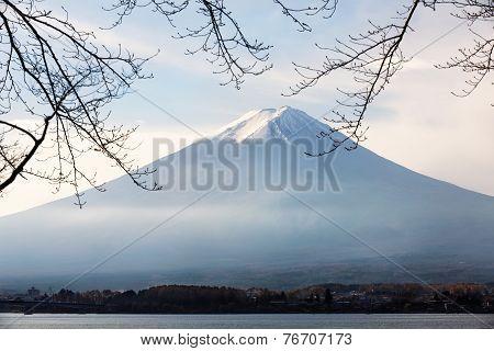 The Fujisan in autumn Kawaguchiko lake Japan
