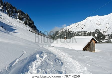 Shelter In Mountain