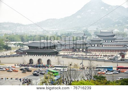 Seoul, Korea - April 12, 2014: View Of Gyeongbock Palace And Gwanghwamun Plaza