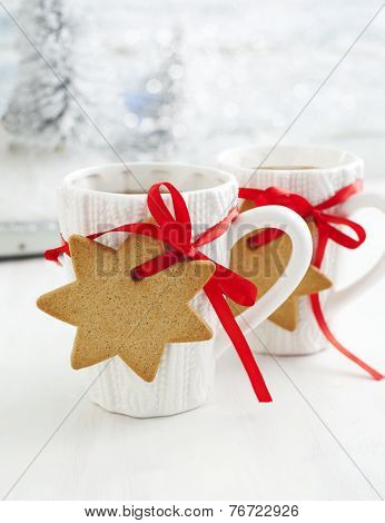 Two Cups Of Hot Tea And Gingerbread