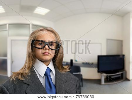 Little girl in the office