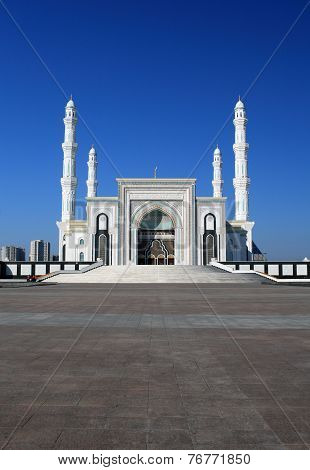 New Mosque In Capital Of Kazakhstan, Astana (hazrat Sultan, Hazret Sultan, Khazret Sultan)