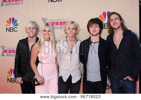 LOS ANGELES - MAR 29:  R5 at the 2015 iHeartRadio Music Awards at the Shrine Auditorium on March 29, 2015 in Los Angeles, CA