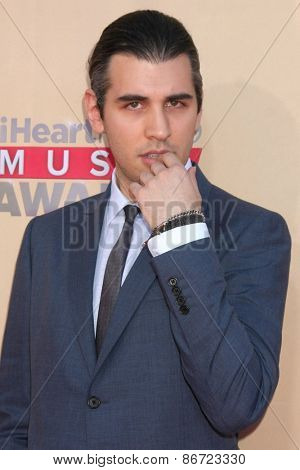 LOS ANGELES - MAR 29:  Nick Simmons at the 2015 iHeartRadio Music Awards at the Shrine Auditorium on March 29, 2015 in Los Angeles, CA