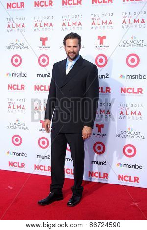 LOS ANGELES - SEP 27:  Paulo Benedeti at the 2013 ALMA Awards - Arrivals at Pasadena Civic Auditorium on September 27, 2013 in Pasadena, CA