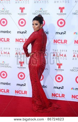 LOS ANGELES - SEP 27:  Eva Longoria at the 2013 ALMA Awards - Arrivals at Pasadena Civic Auditorium on September 27, 2013 in Pasadena, CA