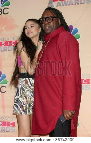 LOS ANGELES - MAR 29:  Zendaya Coleman, Kazembe Ajamu Coleman at the 2015 iHeartRadio Music Awards Press Room at the Shrine Auditorium on March 29, 2015 in Los Angeles, CA