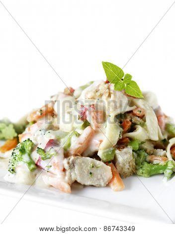 Chicken Alfredo In White Plate