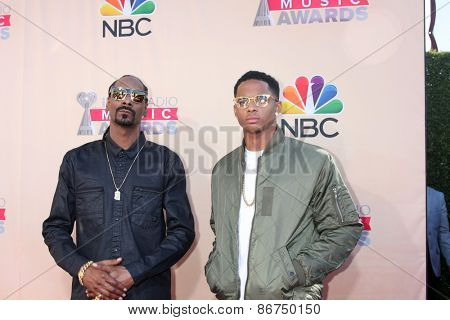 LOS ANGELES - MAR 29:  Snoop Dogg, Cordell Broadus at the 2015 iHeartRadio Music Awards at the Shrine Auditorium on March 29, 2015 in Los Angeles, CA