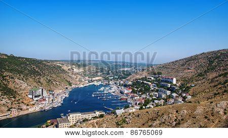 Balaclava Port