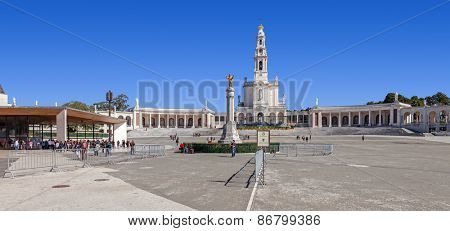 Sanctuary of Fatima, Portugal. Basilica of Our Lady of the Rosary, Sacred Heart of Jesus Monument, Apparitions Chapel. One of the most important pilgrimage locations for Catholics
