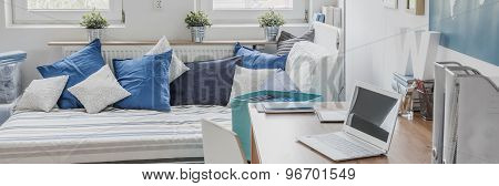 Comfortable Student Room