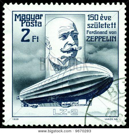 Selo vintage. Ferdinand Von Zeppelin. Dirigível Lz-2.
