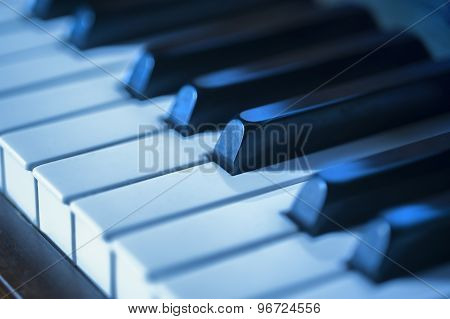 Piano key blues