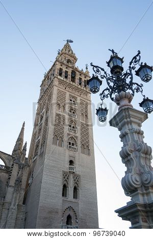Giralda And Lamp Post