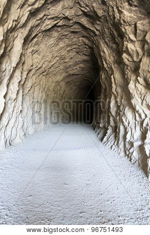 Tunel To The Darkness