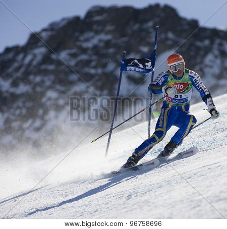 SOELDEN, AUSTRIA Oct 25 2009 MYHRER Andre (SWE) competing in the mens giant slalom race at the Rettenbach Glacier.