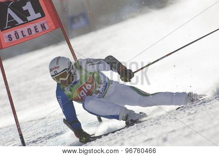 SOELDEN, AUSTRIA Oct 25 2009 Max Blardone (ITA) competing in the mens giant slalom race at the Rettenbach Glacier.