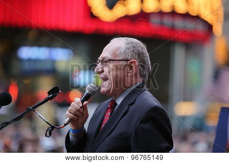 Alan Dershowitz speaks