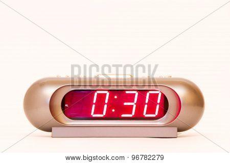 Digital Watch 0:30
