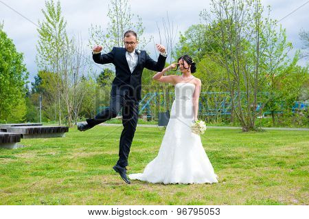 Jumping Bridegroom And His Bride