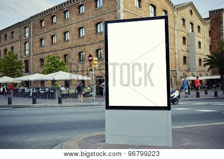 Mock up empty banner for your text message or content in metropolitan city at beautiful sunny day