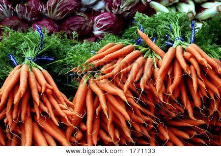 Carrots And Radicchio