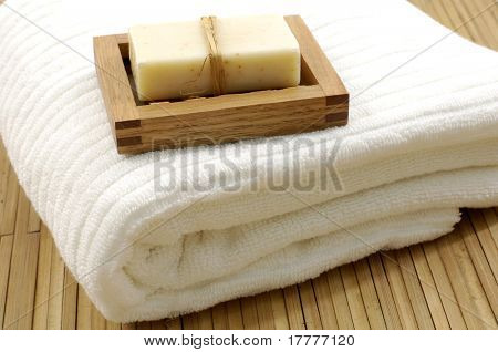 Spa or bathroom accessories