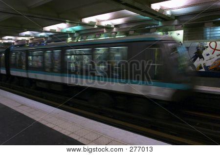 Paris Subway. Train.