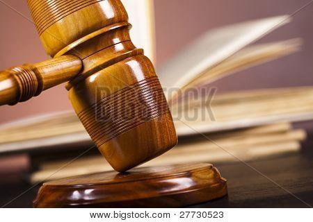 Gerechtigkeit Konzept, wooden Gavel Rechtsanwalt