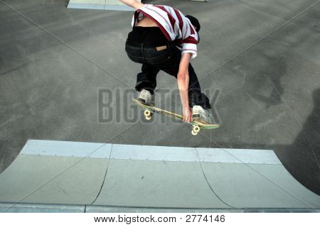 Skatboarding:Backside Grab