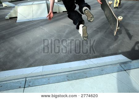 Skateboarding:Falling Down