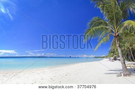 Praia de branco de ilha de Boracay Filipinas