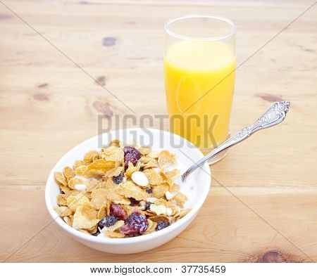 Breakfast Cereal With Juice