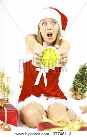 Gritando Papai Noel tarde para a noite de Natal