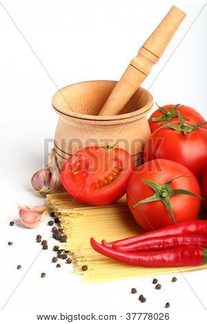 Ingredients For Tomatoe Sause And Spagetti