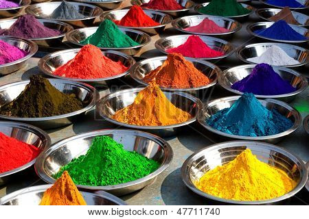 Colorful tika powders on Orcha market.
