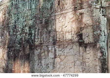 Bas-relief depicting battle scenes. Angkor Wat