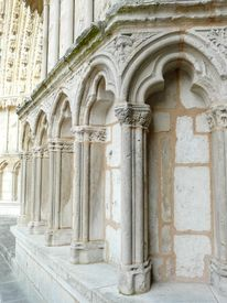 picture of poitiers  - Fa - JPG