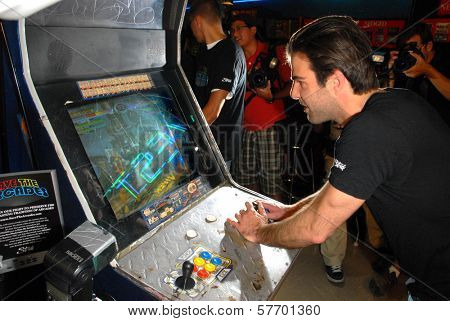 Zachary Quinto at Stride Gum's 'Save The Arcades' to save endangered video game arcades, Video West Arcade, Glendale, CA. 08-19-09
