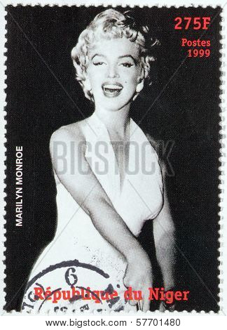 Marilyn Monroe - Niger Stamp #3