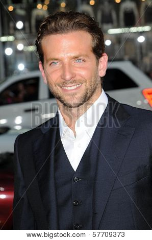 Bradley Cooper at the Los Angeles Premiere of 'All About Steve'. Grauman's Chinese Theatre, Hollywood, CA. 08-26-09