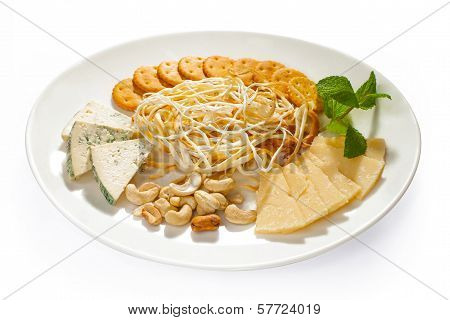Cheese And Snacks Assorti