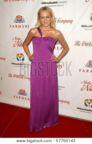 Jewel Kilcher  at the 2009 Noche De Ninos Gala. Beverly Hilton Hotel, Beverly Hills, CA. 05-09-09