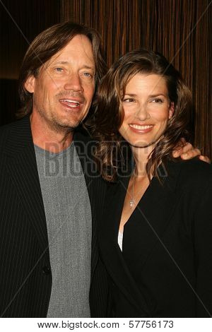 Kevin Sorbo and Sam Jenkins  at the 2009 Noche De Ninos Gala. Beverly Hilton Hotel, Beverly Hills, CA. 05-09-09